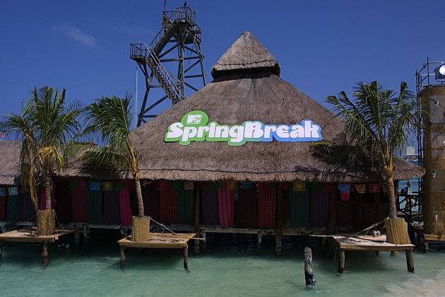 Spring Break Hut