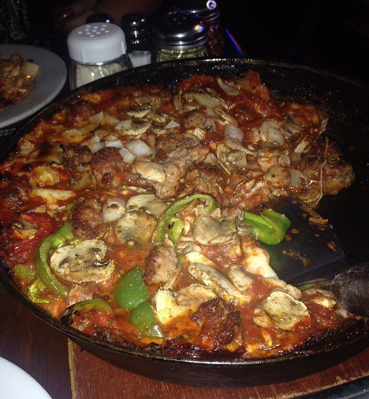 Pequod's Pizza, Chicago