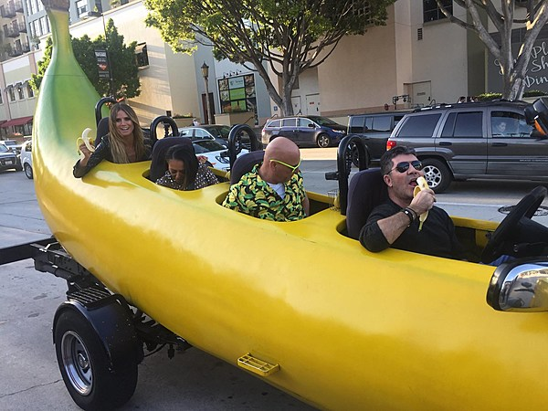 America's Got Talent Cruises In Kalamazoo's Banana Car
